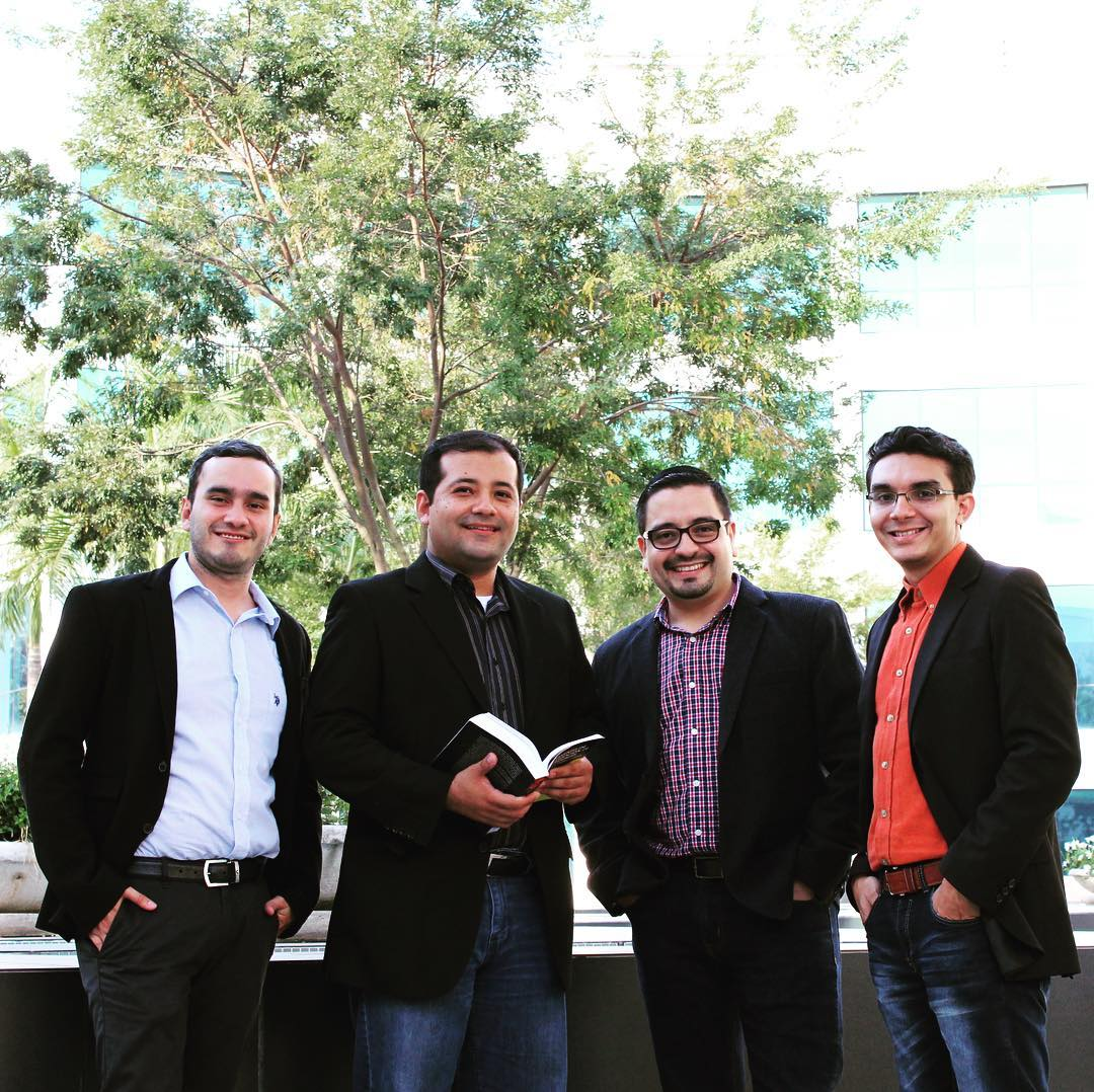 For an international innovation competition (LtR R. Umaña, D. Reyes, R. Rodriguez, J. Escoto)